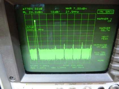 Picture 17b: 28 MHz @+13 dBm single filter (on main board) (< 200 MHz)